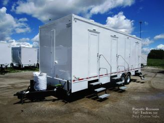 6 Station Shower Trailer with Sinks   Classic Series –  Exterior
