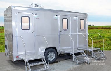 2019 3 Station Shower Trailer Portable Restroom Combo   Cabo Series – Exterior