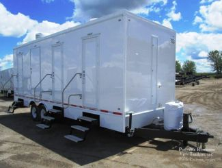 6 Station Shower Trailer   Classic Series