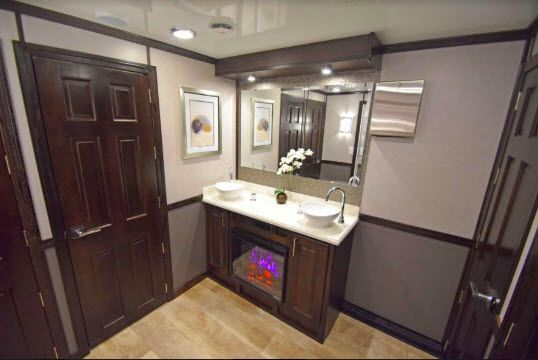 Product Highlight: Luxury Portable Restroom Rentals