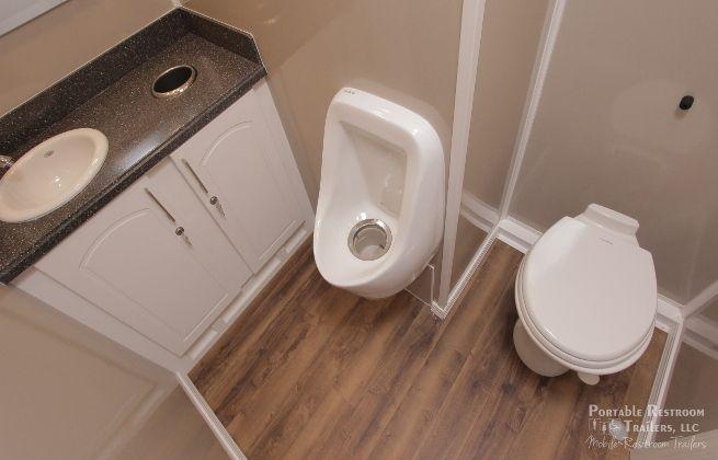 3 station portabl bathroom rental