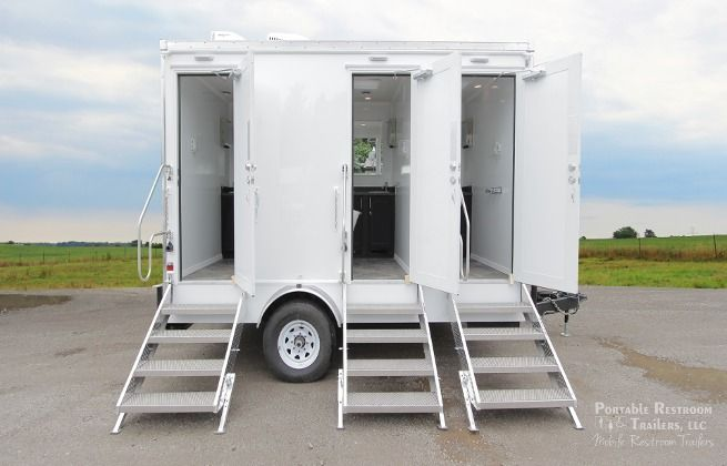 shower combo restroom trailers