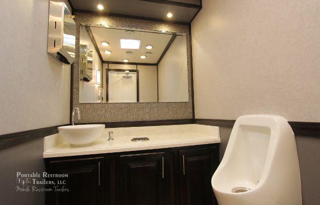 luxury portable bathroom rentals