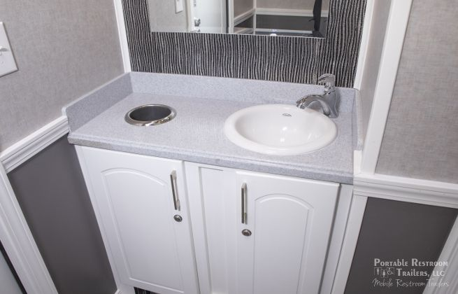 4 station coastal portable bathrooms