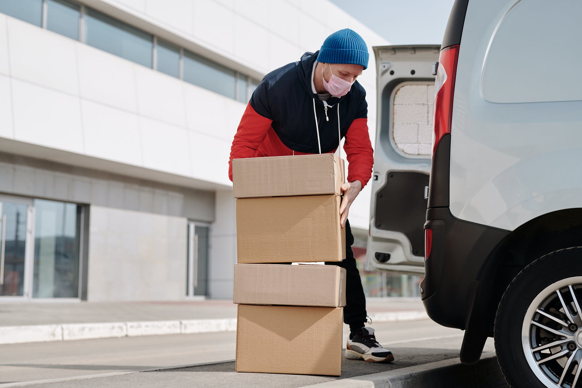 Restroom Rentals Support Logistics Companies During Holiday Season